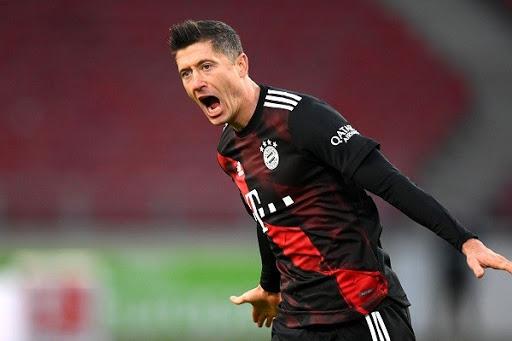 Lewandowski ghi bàn, cứu Bayern Munich thoát thua