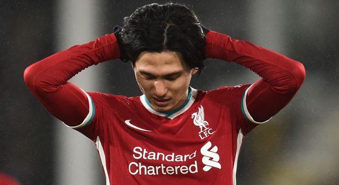 Sau trận hòa Fulham, Liverpool bỏ lỡ cơ hội lên ngôi đầu bảng